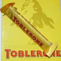Toblerone Schokolade, 4 Stück a 100g, Aktion 9.95.-- statt 11.80